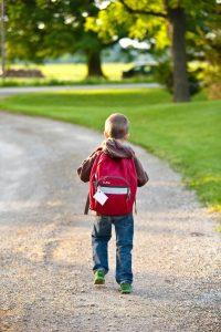 choosing-a-bag-for-school-kids